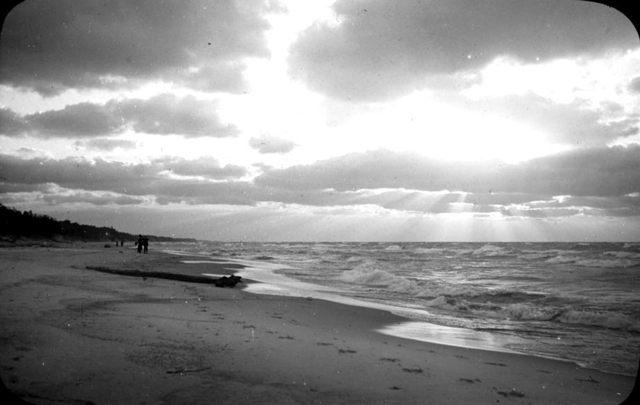 A sunset over Lake Michigan  Photo: University of Chicago Library, Special Collections