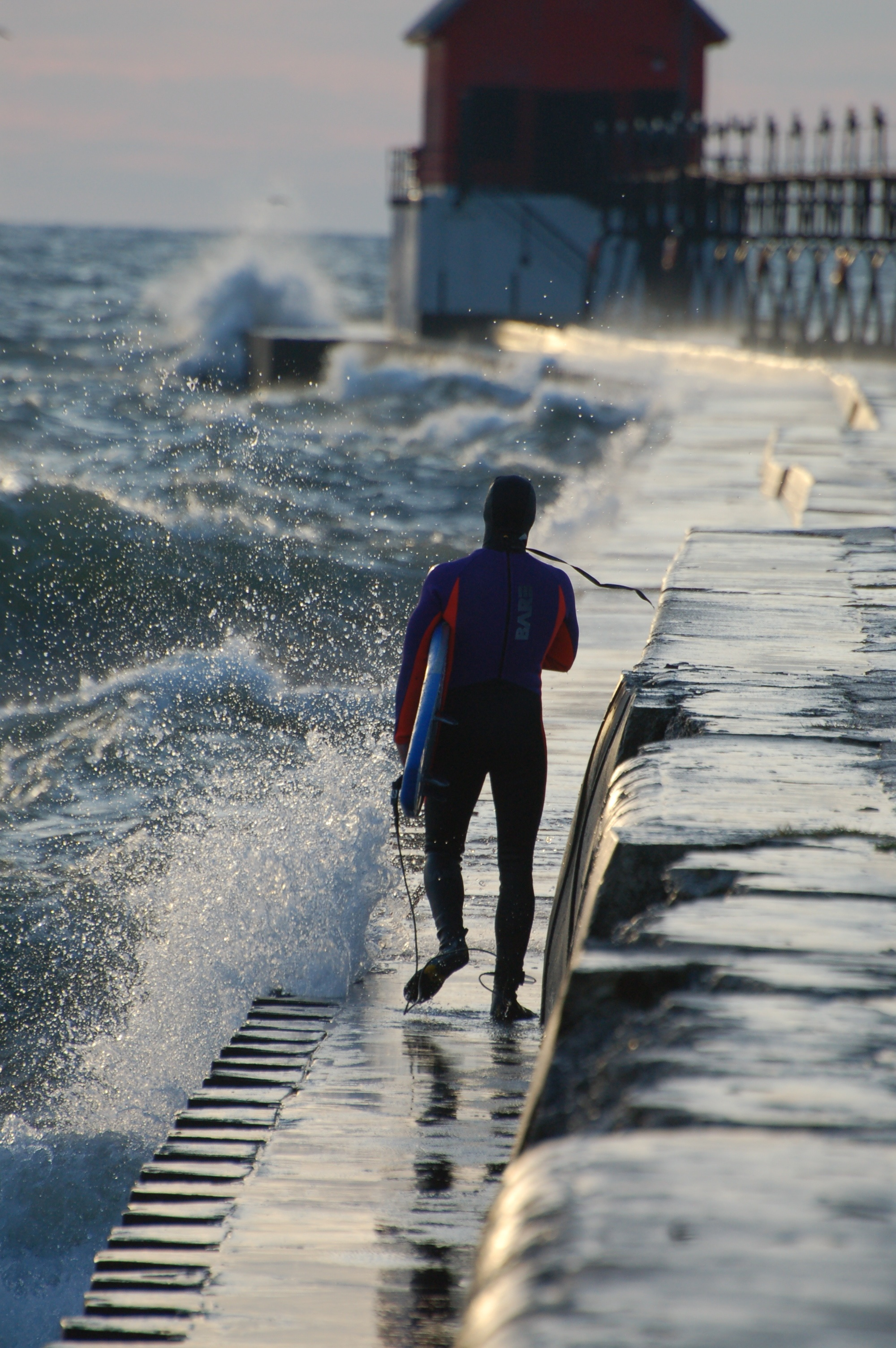 SurfphotoGrand Haven Pier