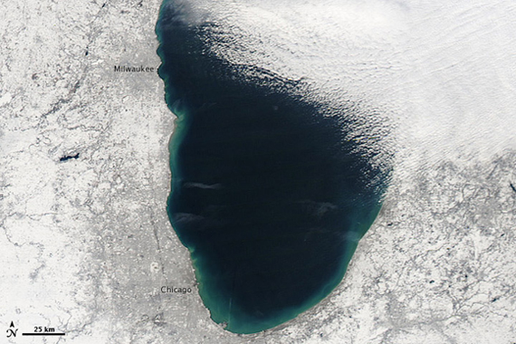 Lake Michigan, plume free.