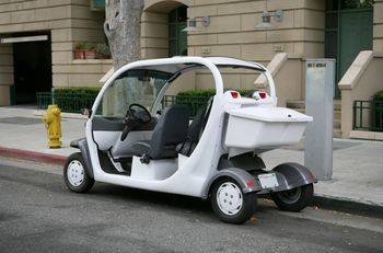 Low Speed Electric Cars Popping Up In Small Communities