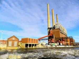 Otto E. Eckert Station, a coal-fired power plant in Lansing, Mich. Photo: Jennifer Kalish.