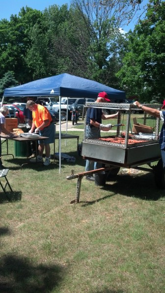 Volunteers provide hotdogs for the derby. Image: Gary Smith