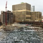 Ice floes in the Chicago River with Chicago Sun Times building in the background. Image: Gary Wilson