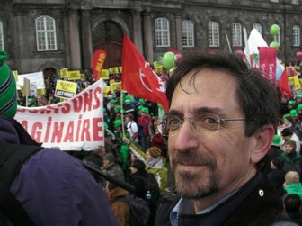 Andrew Revkin at a climate march in Copenhagen in 2009. Image: Creative Commons