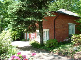 Saugatuck Pump House. Image: Saugatuck-Douglas Historical Society