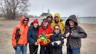 Field Test crew at Cherry Beach. Image: Robot Missions