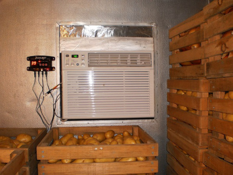 Farmer Invents Air Conditioner Powered Cold Storage Units