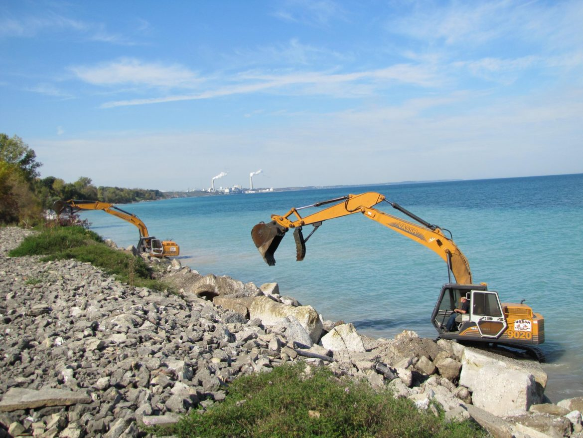 Heavy machinery used to slow erosion. Image: Susan Bence